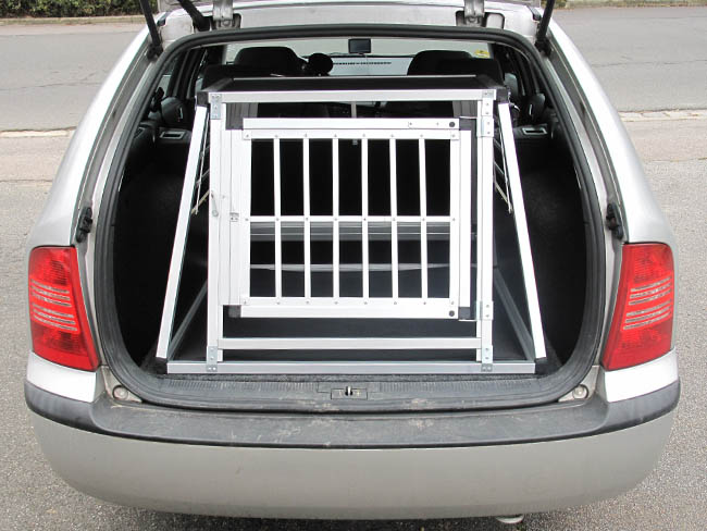 n21 hundetransportb ox hundebox aluminium transportbox. Black Bedroom Furniture Sets. Home Design Ideas