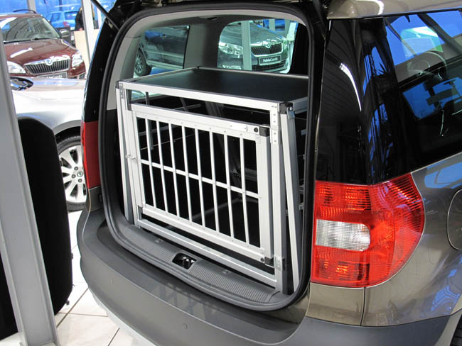 n48 hundetransportbox hundebox aluminium transportbox. Black Bedroom Furniture Sets. Home Design Ideas