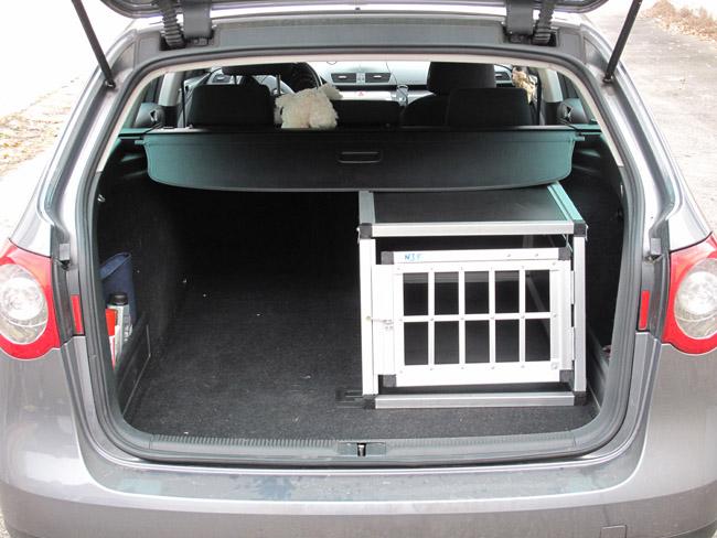 n35 dog transporting box gitterbox aluminium hundebox. Black Bedroom Furniture Sets. Home Design Ideas